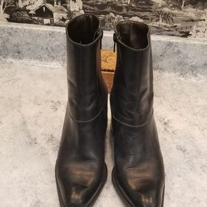 west 31st Shoes - Soft black leather booties